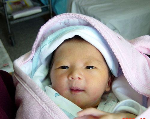 我刚出生的样子(照片)-新生婴儿照片